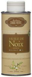 Huile de Noix - Produit emblématique de notre maison, notre huile de noix est produite par simple pression des meilleurs fruits dans notre huilerie de Saumur en pays de Loire. Elle est idéale pour les vinaigrettes, viandes et grillades, plats en sauce et pâtisseries.