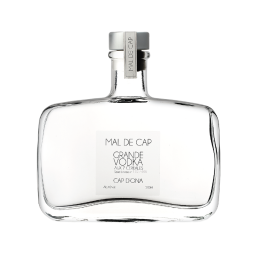 CAP D'ONA GRANDE VODKA WITH 7 CEREALS - Large 7-grain vodka. A very noble and exceptionally sweet vodka. Very aromatic and delicate. Aged 3 years before marketing.