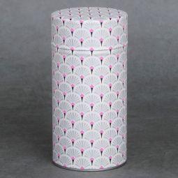 Boîte à thé washi 150g Saitama - Boîte fer blanc recouverte manuellement d'un papier japonais (washi), sérigraphié artisanalement. Création française. Double couvercle métal. Dimensions : ø8,3cm x 17cm
