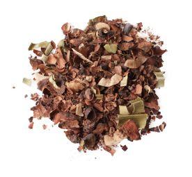 CACAO EXPERIENCE - Le plaisir sans culpabilité - Envie d'une boisson gourmande et saine ? Nous avons la boisson qu'il vous faut…  Cacao Experience, c'est toute la rondeur et la puissance du cacao en bouche avec la douceur du coco et les notes vanillées des feuilles de pandan. Une boisson parfaite pour une pause gourmande en journée ou en soirée sans culpabiliser.  Le cacao, en plus d'être délicieux, est un super-aliment, riche en nutriments, tels que vitamines B et A, fer, calcium, magnésium. Il constitue un bon antistress naturel.  Délicieuse en version chaude, l'infusion cacao remplace facilement un chocolat chaud, sans le moindre rajout de lait.  « Le bien-être passe aussi par ce que l'on boit »    Tout le savoir-faire d'un trio de passionnés dans votre tasse ! L'alliance de Bruno, meilleur barman UK 2011 qui est passé de la mixologie à l'herbologie, accompagné de la créativité de Barbara et de l'expertise des producteurs balinais en matière de plantes.   Bien plus qu'une infusion, un drink smart !