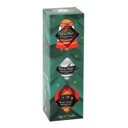 Coffret Noël/Neiges/Austral - Coffret de 3 petites boites métal luxe :  - Thé de Noël® est le mélange original et exclusif de la fin de l'année, dévoilant des saveurs subtiles de cerise et d'amande parsemé de pétales de bleuets. Peut contenir des traces de sulfites. -Thé des Neiges® est un mélange exclusif délicat de thé blanc PAI MU TAN et de thés verts aux arômes fruités et gourmands de pomme cuite et fruits rouges, parsemés de pétales blancs qui rappellent la beauté des sommets enneigés. -Hiver Austral® est un Rooïbos originaire d'Afrique Australe aromatisé aux fruits rouges avec une note de mandarine. Ce mélange peut aussi s'apprécier en infusion du soir, sans modération.