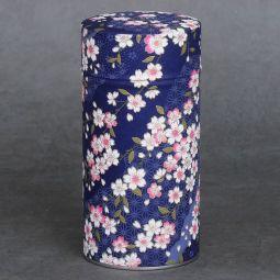 Boîte à thé washi 150g Soshino - Boîte fer blanc recouverte manuellement d'un papier japonais (washi). Création française. Double couvercle métal. Dimensions : ø8,3cm x 17cm