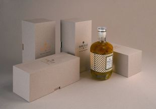 Extra virgin olive oil box Parcelle 26 - a collection of luxury and eco-designed boxes