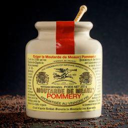 La Moutarde de Meaux® Pommery® 250g - La Moutarde de Meaux® Pommery® voit ses origines remonter au 13ème siècle et prend place de façon officielle à la table royale à partir de 1632. Fabriquée à partir d'ingrédients soigneusement sélectionnés, elle doit sa conservation unique grâce à son écrin de grès et son bouchon en liège naturel.  Garant d'une tradition multiséculaire la Moutarde de Meaux® Pommery® est aujourd'hui exclusivement fabriquée par père et fils depuis de nombreuses générations aux portes de Meaux.   Elle a été élue meilleure Moutarde du Monde au World-Wide Mustard Competition en 2019.  Conditionnée en pot grès de 250g et 500g, avec son bouchon de liège naturel cacheté de cire rouge, il vous faudra procéder à son ouverture comme autrefois. Expérience Pommery® garantie.  Elle existe aussi en 100g grès bouchon plastique.