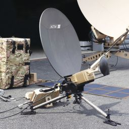 DEKA065-MP: Complete high-speed satellite telecommunications station, carried in a backpack. - <p>-</p>