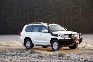 Civil armoured Toyota Land Cruiser 200 - the most popular armoured 4x4 vehicle in the world - <p>-</p>