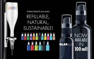 GLASKLAR lens cleaner spray - REFILLABLE, NATURAL, SUSTAINABLE – GLASKLAR  GLASKLAR – the ground-breaking lens cleaner spray and the unique customer loyalty tool in this industry, is naturally presenting innovations again at this year's SILMO.  The high standards of sustainability and quality are taking the centre stage. In the last years it has become clear how important these factors are for the future-oriented positioning of the single specialised dealer.  GLASKLAR is setting the standards in the optical industry anew: with their own production, sustainable action through the whole value chain (no imports from Asia or low-wage countries) and the guarantee for the shortest delivery time.   The GLASKLAR bottles that can be refilled over and over again are made of 100% recyclable PET in GLASKLAR's own production with 100% green electricity. The new 100 ml bottle now completes the portfolio with a further bottle size.  It enables many new ways of use and offers the optician a lucrative additional business.   Catch up, there's a growing trend for combinations:  30 ml – the constant companion out and about & 100 ml – the family bottle at home.   Also allow yourself to be surprised by a technical innovation – the prototype of the NachfüllMAT.  'LETS ENJOY REAL CONTACT AGAIN!'  The GLASKLAR International team with partners is excited to meet you at SILMO 2021– so join us in hall 5a, stand E 025! Let the GLASKLAR concept convince you in a relaxed atmosphere with light refreshments.