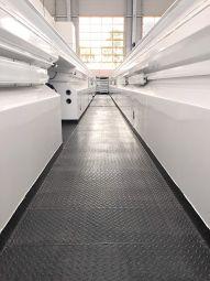Fosse d'atelier préfabriquée acier - <p>Installée en une semaine, sa fabrication sur-mesure réponds aux besoins des métiers de maintenance sur tout type de véhicule (Poids lourds, bus, ferroviaire etc..)</p>