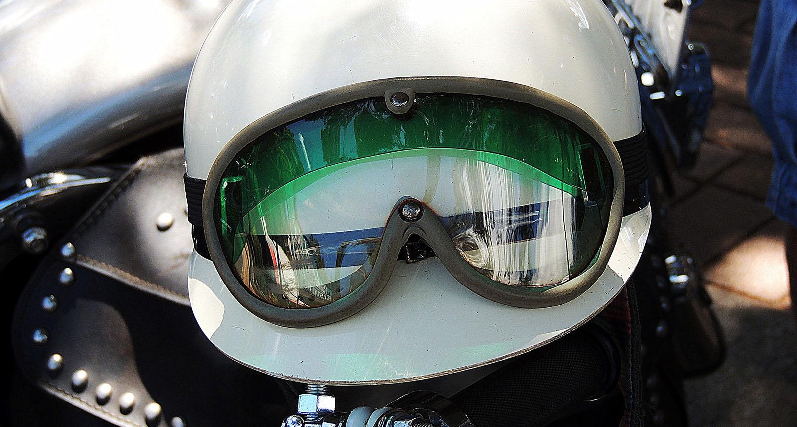Casque : équipement moto obligatoire