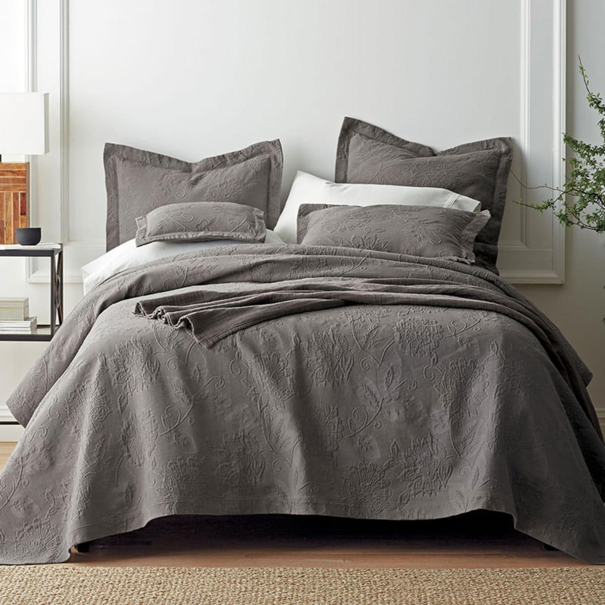 Putnam Cotton Matelasse Bedspread