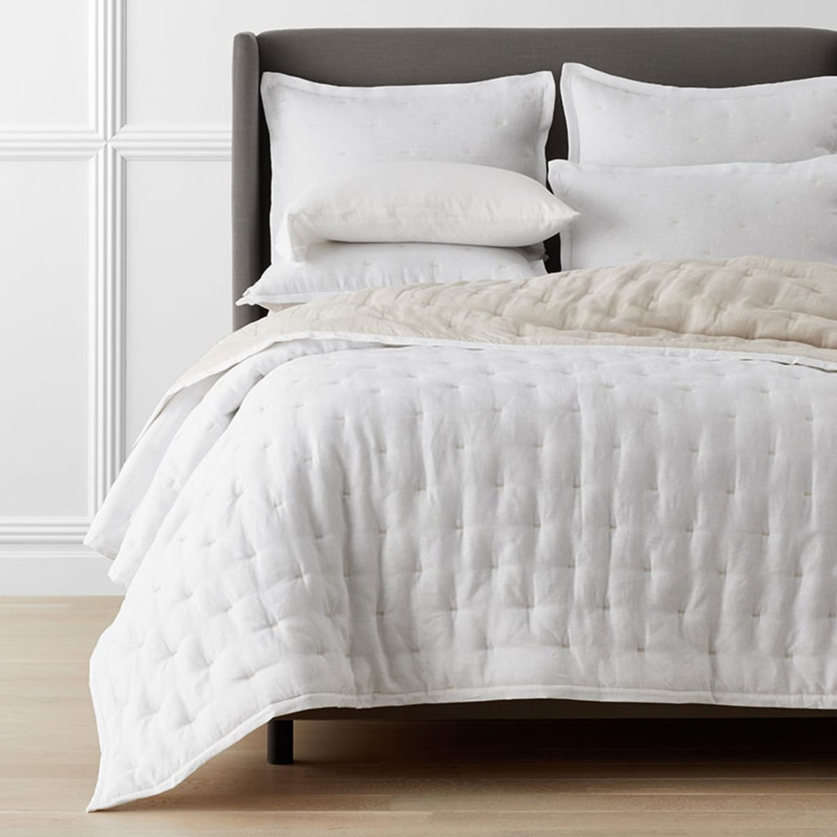 Legends Hotel™ Reversible Relaxed Linen Quilt | The Company Store