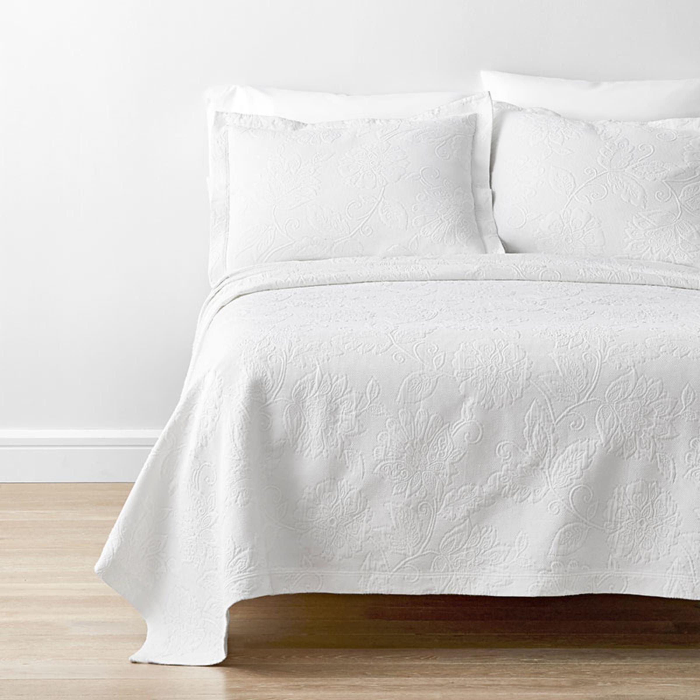 Putnam Cotton Matelasse Coverlet