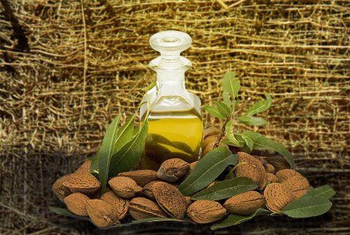 Frasco de óleo do amendoas.Ótimo para prevenir estrias.