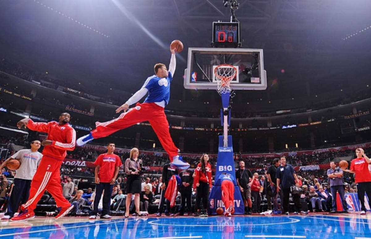 Blake Griffin Recreated Michael Jordans Iconic Jumpman Pose To Perfection Last Night