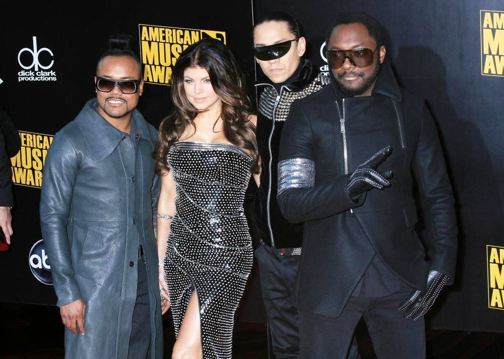 0_1471119082270_black-eyed-peas-2009-american-music-awards-01.jpg