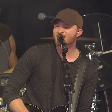 """Red-Hot Sounds: Eric Paslay, """"All or Nothing"""""""