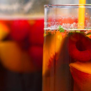 Red Hot Cookin': Sweet Tea Sangria