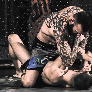 MMA Breakdown: BJJ Top Guard