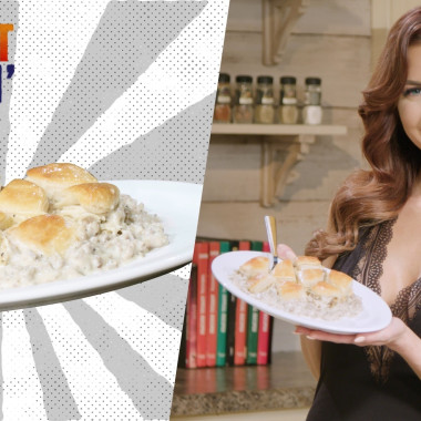 Red Hot Cookin': Biscuits and Gravy Casserole