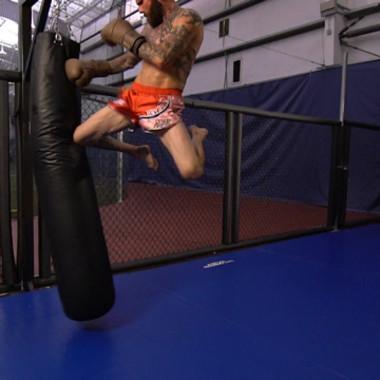 MMA Breakdown: Flying Knee