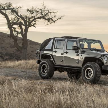 """Mod Madness: 2017 Bushwacker """"Gobi"""" Jeep Wrangler"""