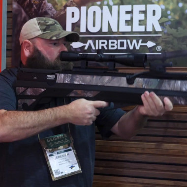 Alabama Boss Checks Out Crosman's Pioneer Airbow at Shot Show 2018