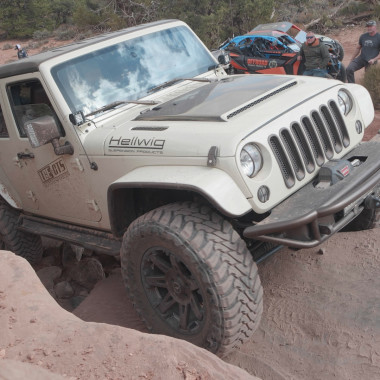 2015 Jeep Wrangler JKU Sport by LGE-CTS Motorsports | Ride of the Week