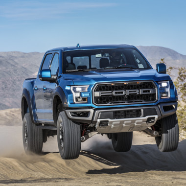 Ford Debuts the 2019 F-150 Raptor | Ride of the Week