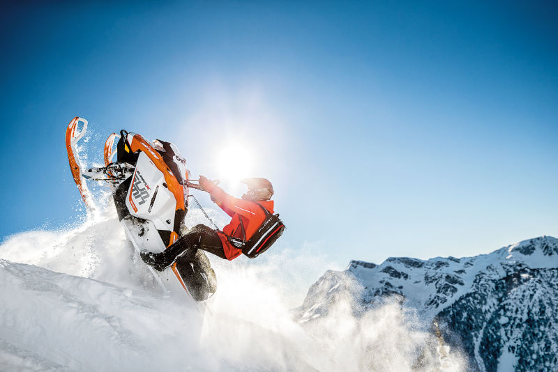 Ski-Doo Schneemobil
