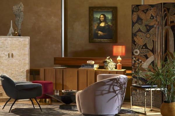 Mona Lisa im Wohnzimmer? Für eine Nacht wird das Louvre zum Schlafgemach.
