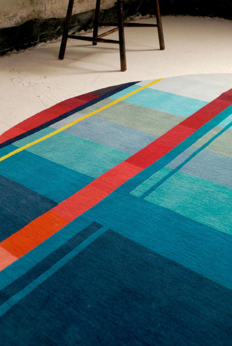 2.Red-Vortex---Pile-rug