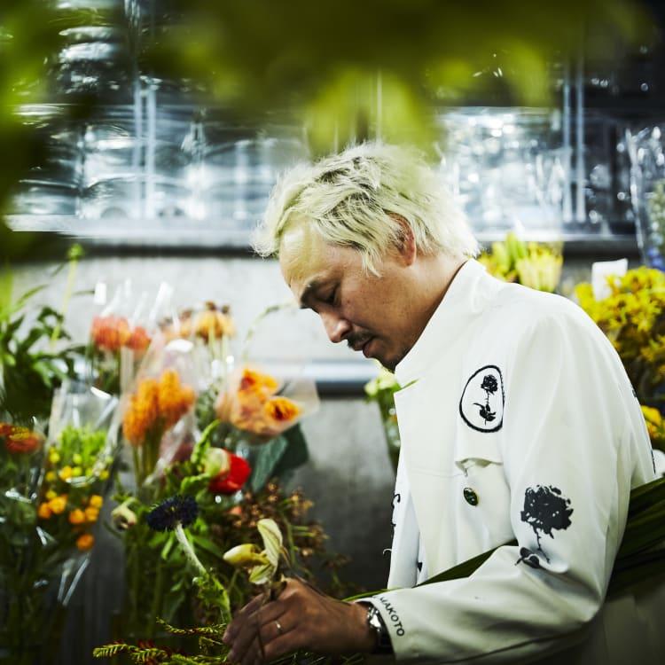 Azuma Makoto, ADexperts, Florist, Künstler