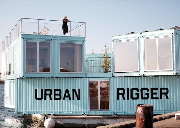 """""""Urban Rigger""""– mit Dachterrasse und Solaranlagen für grünen Strom."""