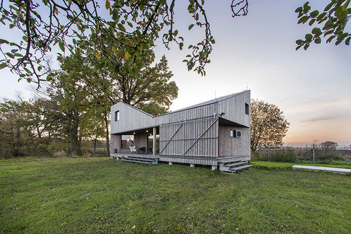 Woodhouse D