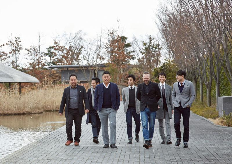 Thomas-Lykke-with-Japan-Handmade-team