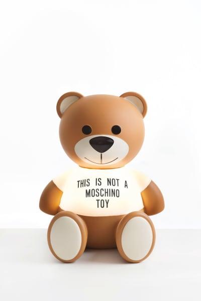 """Gewinnen Sie Leuchte """"Toy"""" von Jeremy Scott für Kartell."""
