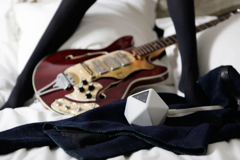BoomBoom_Guitar_3_hires