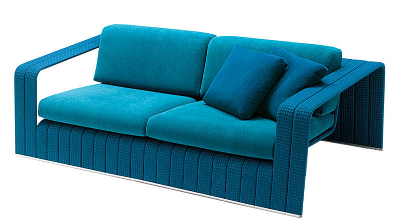 "Paola Lentis türkisblaues Outdoor-Sofa ""Frame"", 8800 Euro."