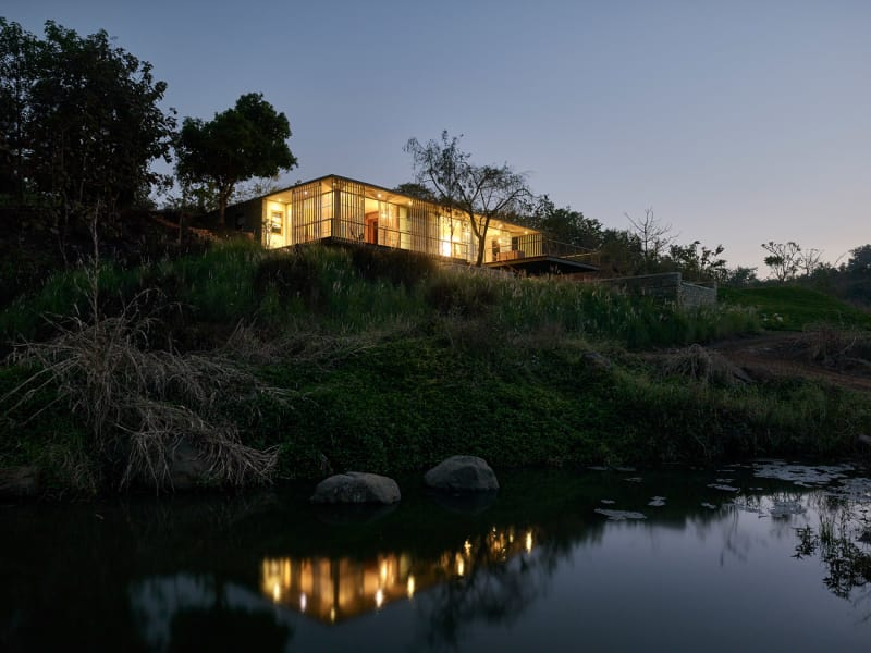 Architecture-BRIO_The-Riparian-House_Karjat-India__36-view-from-the-river-evening