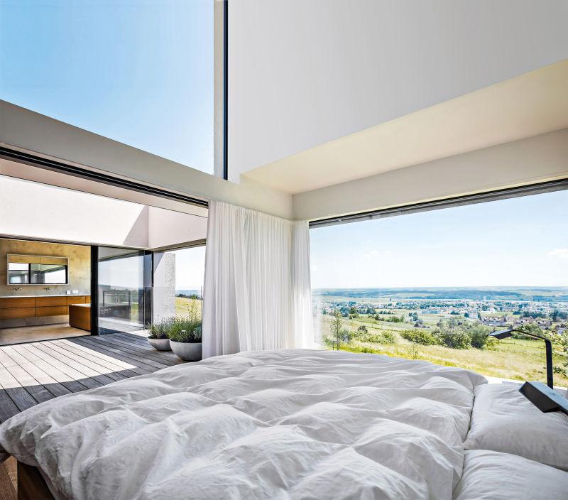 Sky-Frames Villa Schlafzimmer