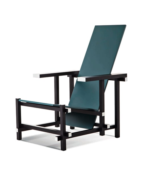 """Black Red and Blue"" (Version Zeilmaker) Gerrit Rietveld, 1918 / 20Reedition von Cassina 2990 Euro cassina.com"