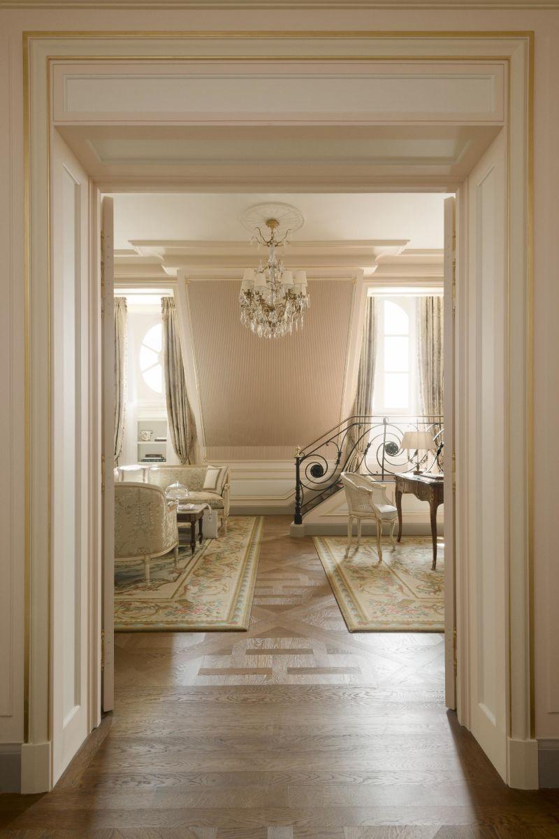Ritz Suite