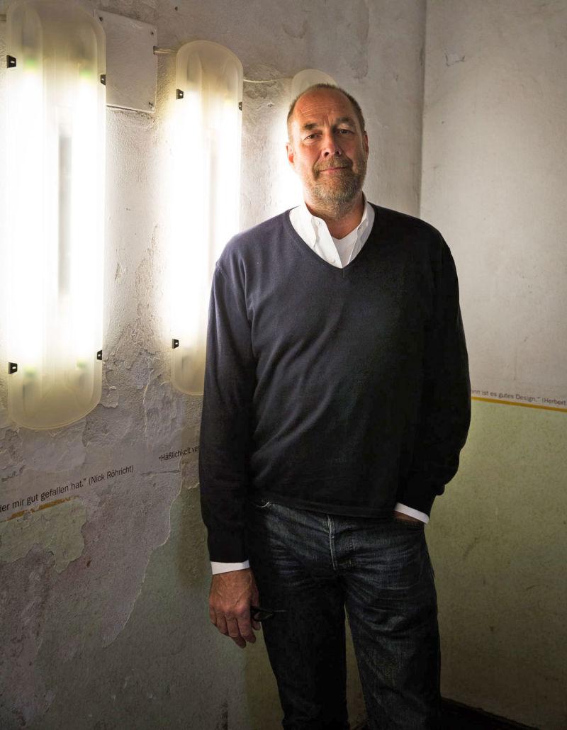 nils holger moormann ad. Black Bedroom Furniture Sets. Home Design Ideas