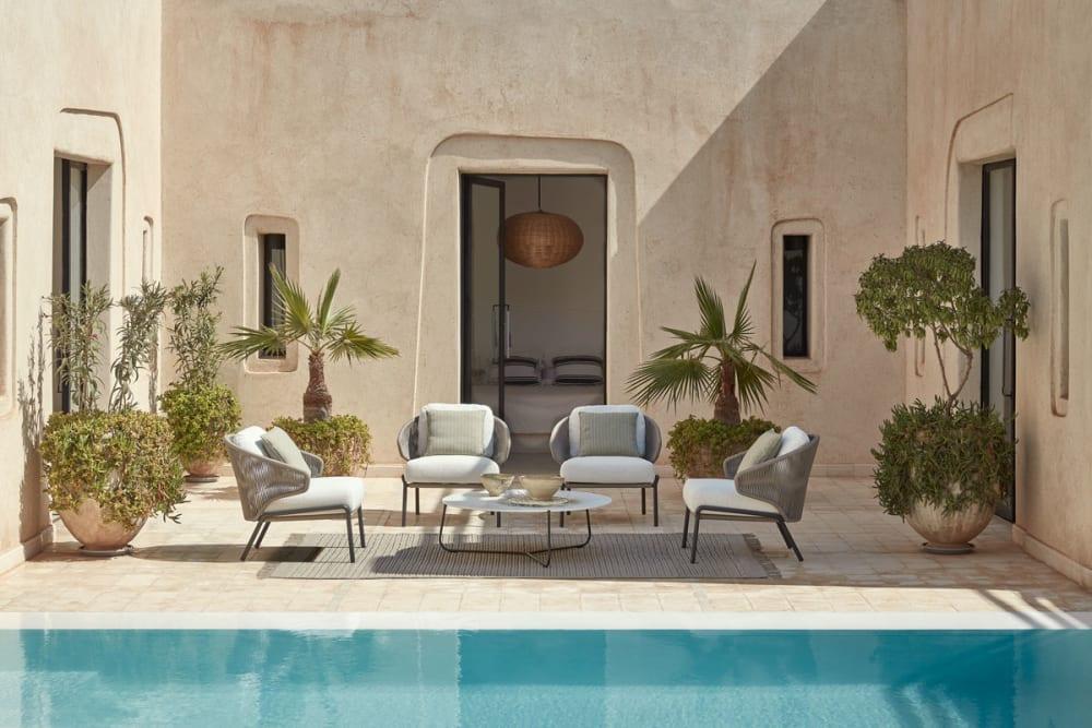 Manuttis neue Möbelkollektion bringt sommerliche Leichtigkeit in jedes Zuhause