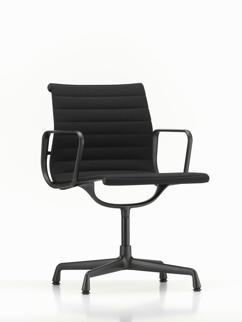 """14. Vitra, """"Aluminium Chair"""""""