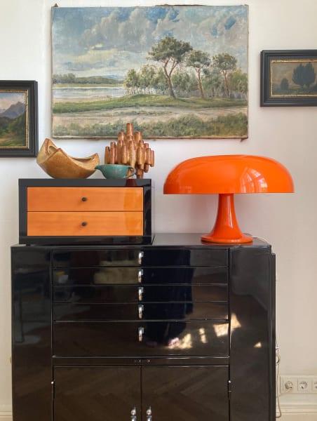 """Lange Reise: Heute steht diese """"Nesso"""" zu Hause bei unserer New-Work- und Real-Estate-Expertin Bettina Schneuer."""