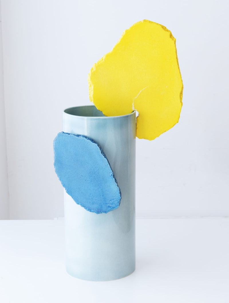 "1. Vitra, ""Vases Découpage"""