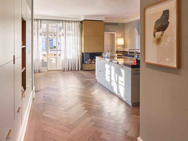 Küche von Woodtiles und Lecubi in München