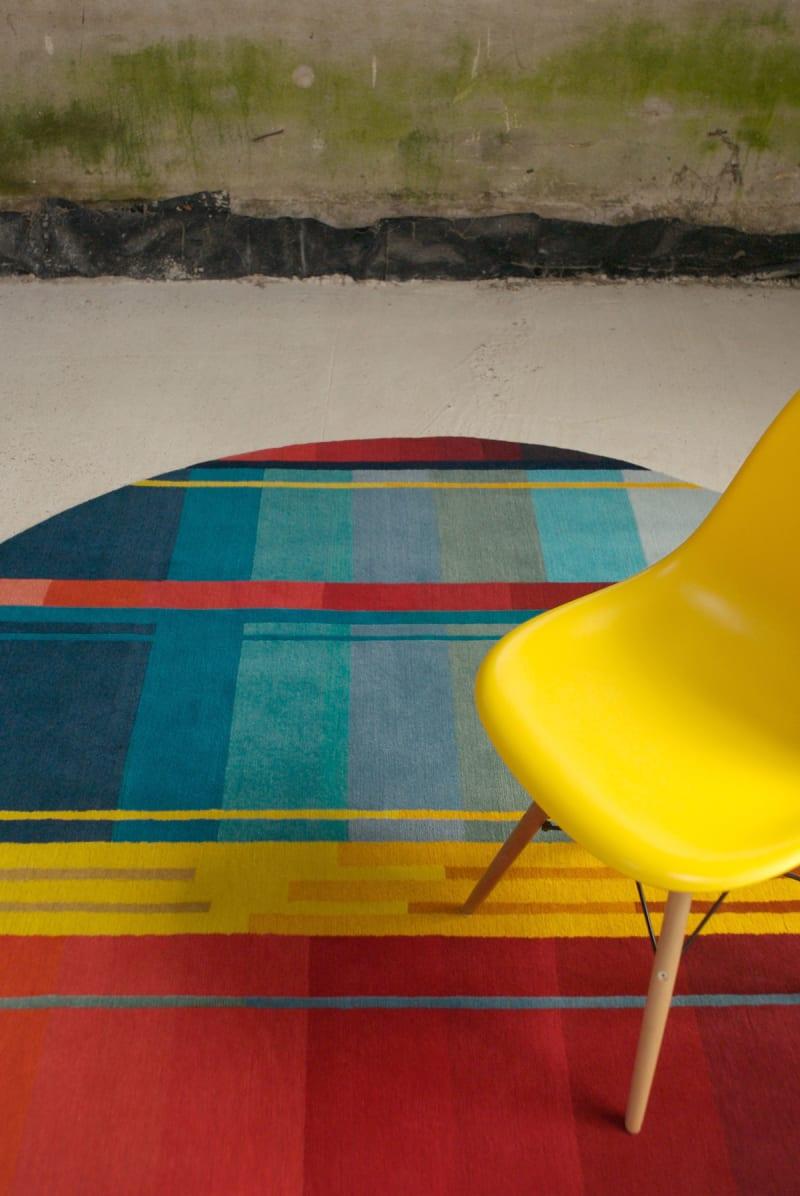 10.-Red-Vortex---Pile-rug