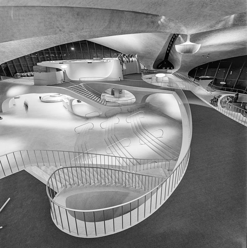 01_DesigningTWA-p-134-135-Interior-TWA